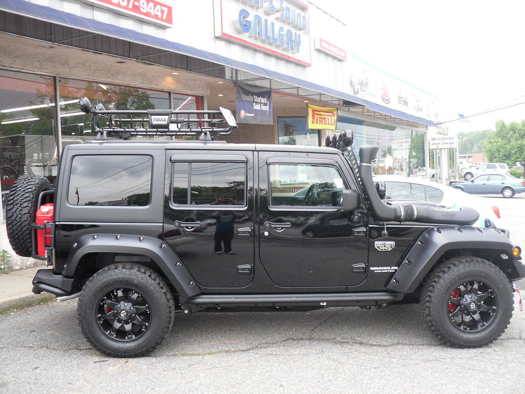 Jeep Wrangler Warn Winch Thule Racks Bushwacker Flares Cal Flickr With Fuel Wheels Call Of Duty Kc Hilites