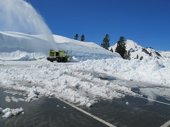 Clearing the upper parking lot at Artist Point