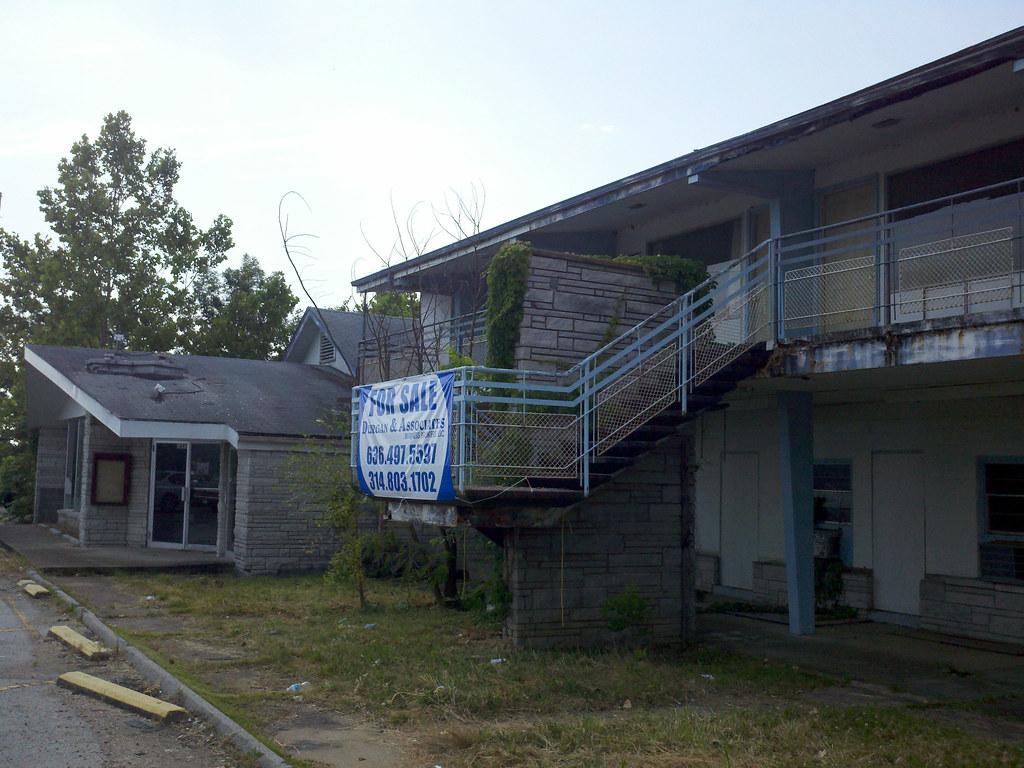 Abandoned Campbells Restaurant And Motel Lake Ozark Mo Flickr