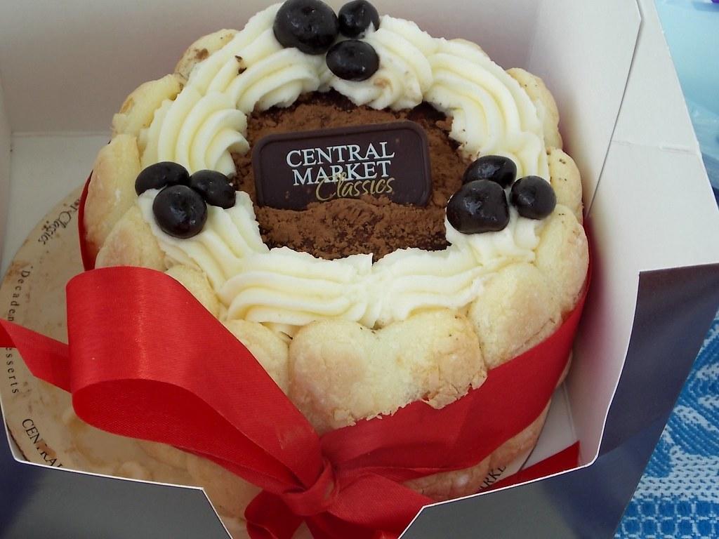 Peachy Birthday Cake My Boyfriends Birthday Cake That I Purchase Flickr Personalised Birthday Cards Arneslily Jamesorg
