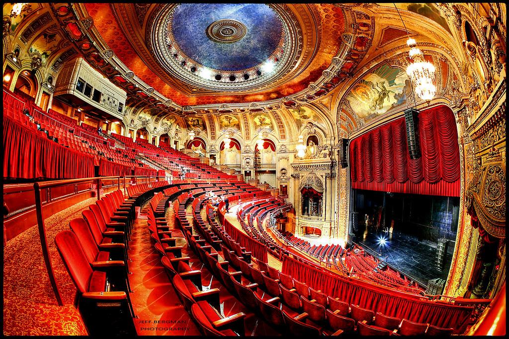 The Chicago Theatre Jeff Bergman Flickr