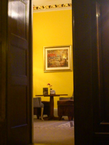 Room House Manor House
