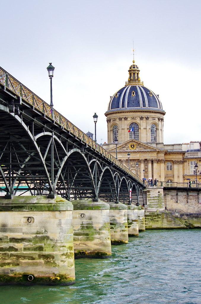Paris le pont des arts et ses milliers de cadenas 7 avec flickr - Pont des cadenas paris adresse ...