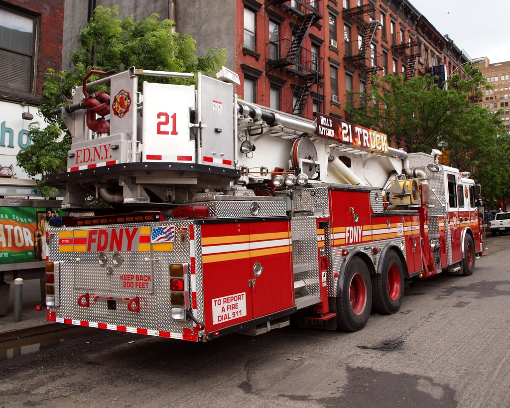 Fdny Ladder  Hell S Kitchen