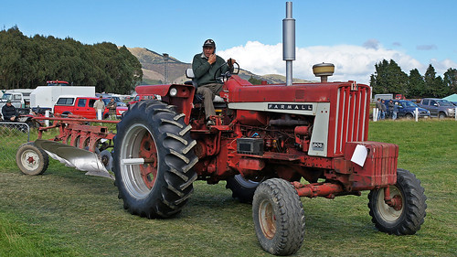 1965 White 4000 Semi Tractor : Farmall tractor international semi