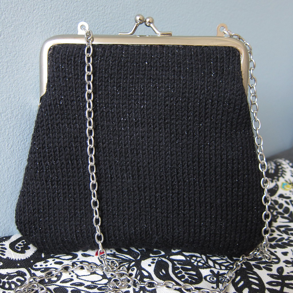 Knit Evening Bag 105