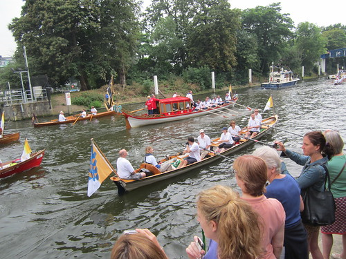 Rowers from NPL accompanying the Olympic flame up the Thames | by National Physical Laboratory