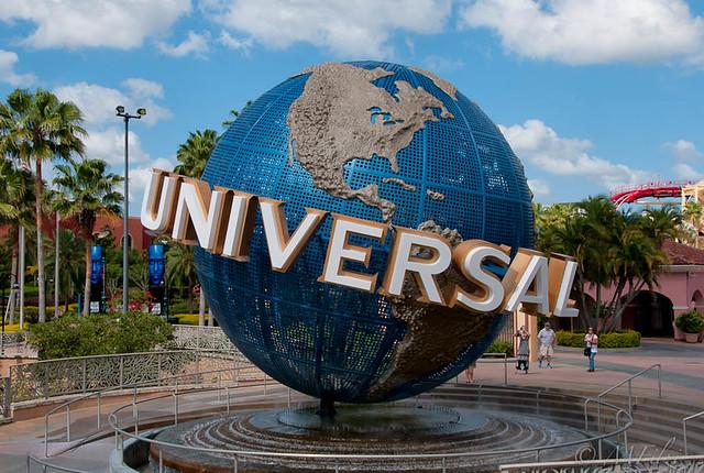 The Globe at Universal
