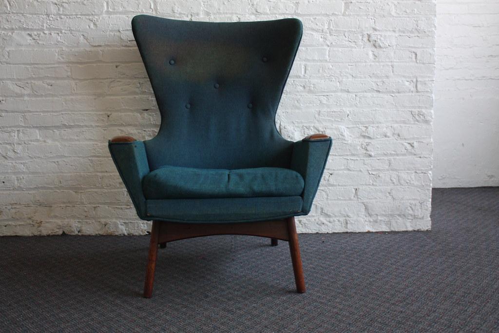 Striking Adrian Pearsall Mid Century Modern Wing Chair 223