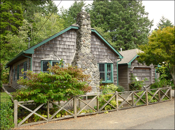 Vintage Cottage Cannon Beach 2012 This Beach House Has