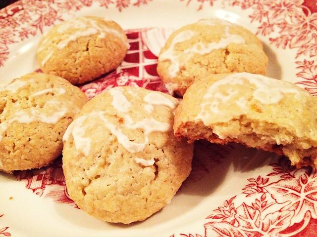 Elizabethan Lemon Cakes
