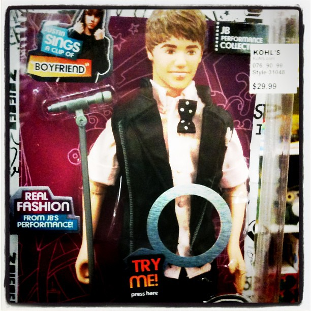 """Fail Justin Bieber Doll """"Try Me"""" Button placement LOL Spot… 