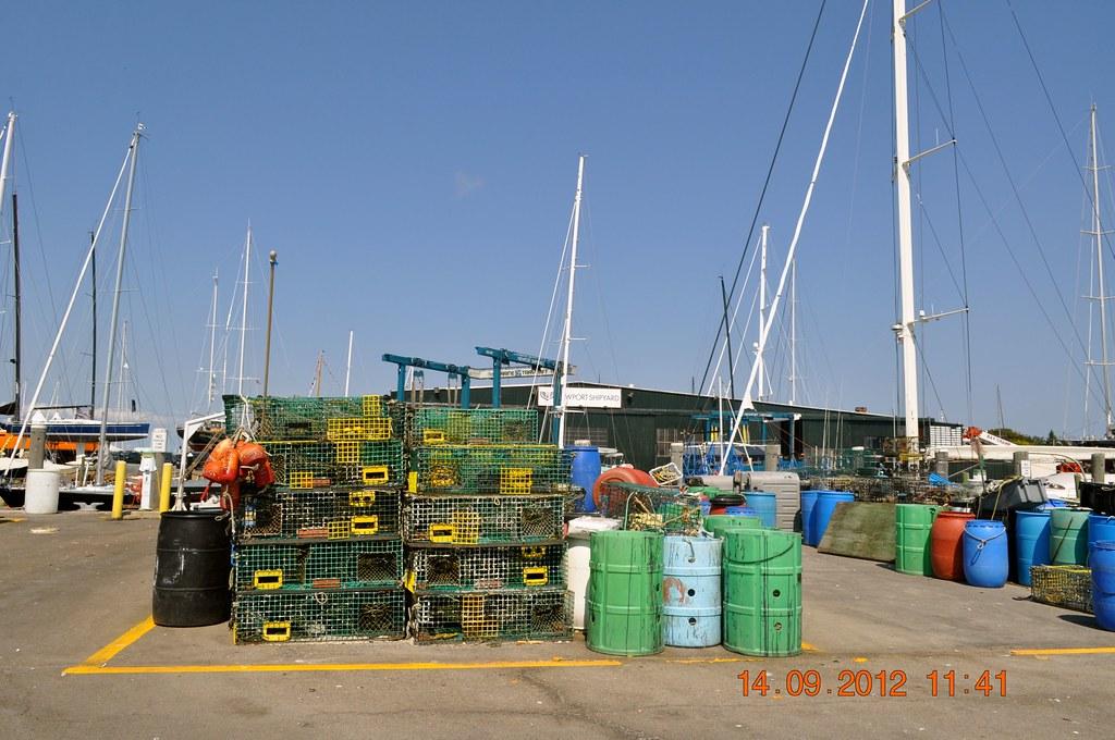 Fishing boats newport ri louis l jagschitz state pier 9 for Fishing newport ri