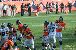 Peyton Manning (Oakland v Denver, Sept. 30th, 2012) | by Evan Gearing (Evan's Expo)