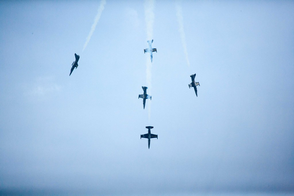 Breitling Team | im Sturzflug | lukas.b0 | Flickr