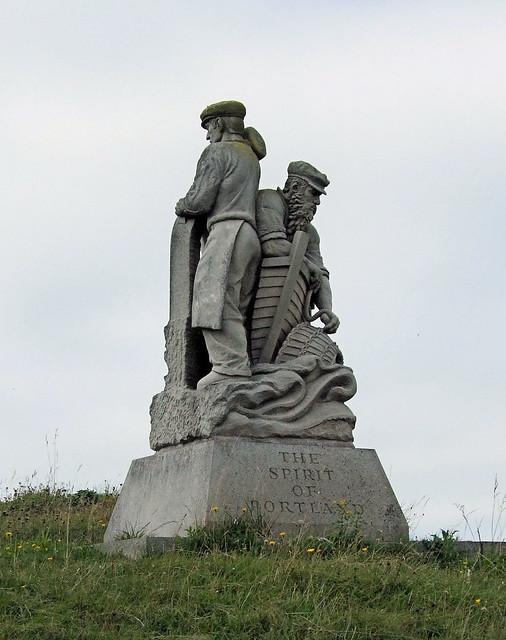 Spirit of portland statue isle of portland dorset for Garden statues portland oregon
