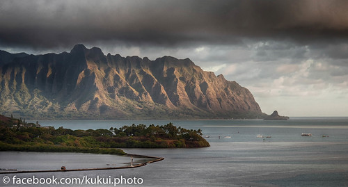 Morning Light on Kualoa #Hawaii #Photography | by Kukui Photography