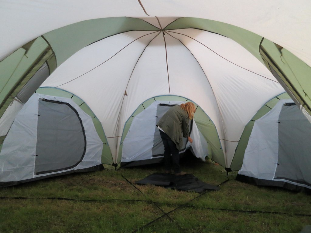 Room Family Dome Tent