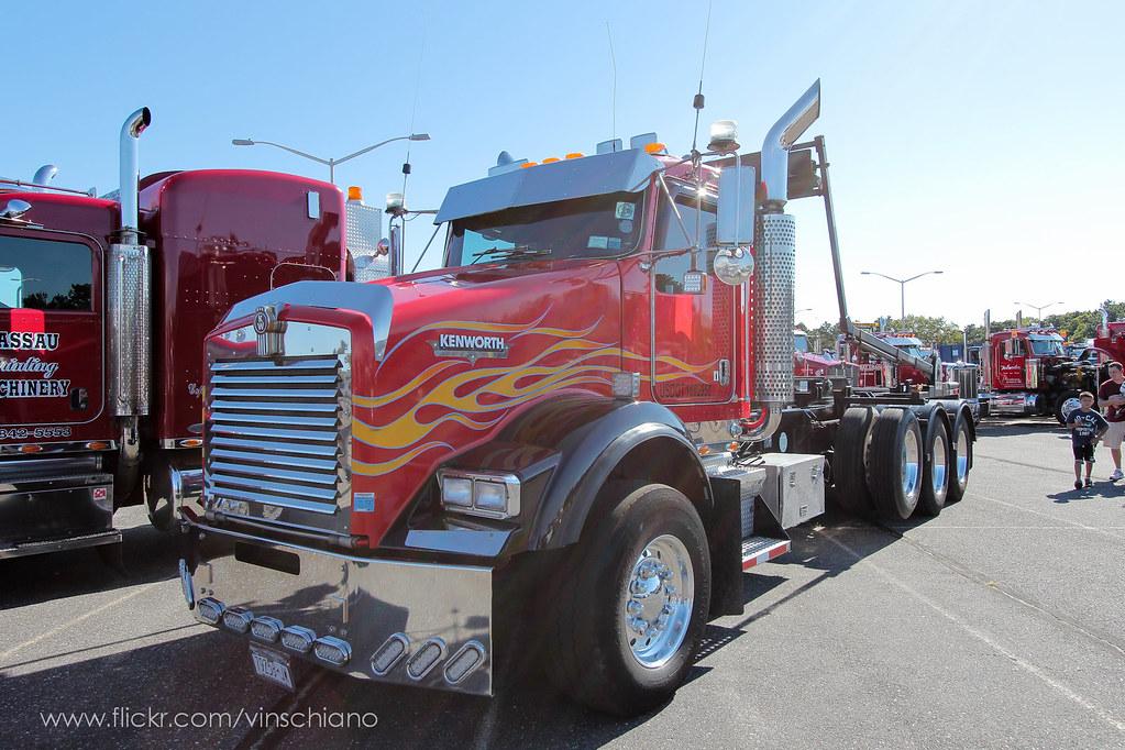 Tri Axle Show Trucks : Kenworth t tri axle rolloff heavytruckphotos