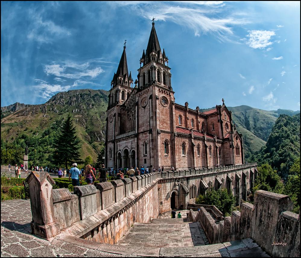 Bas 237 Lica De Santa Mar 237 A La Real De Covadonga Asturias F