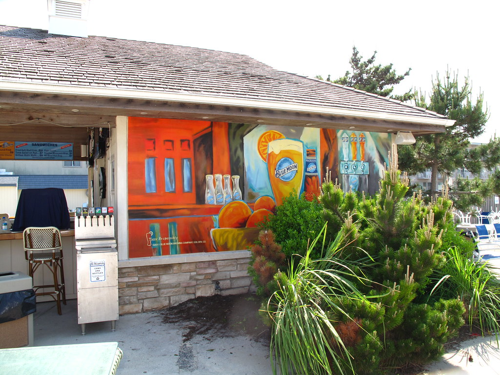Jersey shore blue moon mural for the artistic blue moon for Blue moon mural