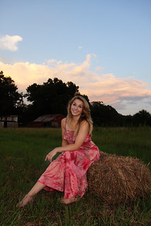 Emery Senior Pictures | by mrsh2os