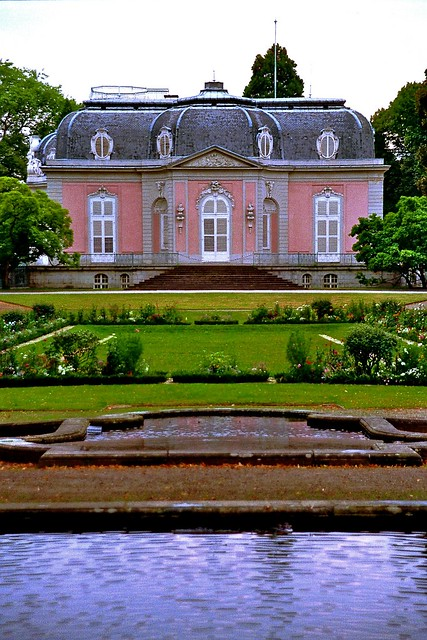 schloss benrath d sseldorf corps de logis flickr photo sharing. Black Bedroom Furniture Sets. Home Design Ideas