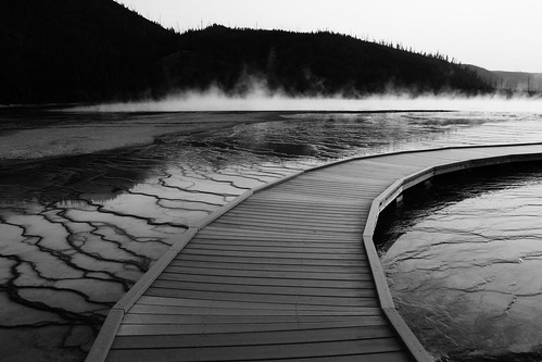 Path to Nowhere... Yellowstone hotsprings at dusk | by robertjett