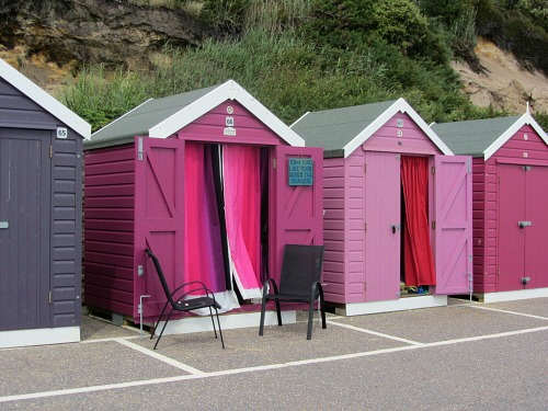 Pink Beach Huts A Short Walk From Bournemouth Pier There I Flickr