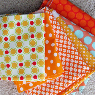 orange_dots | by Petit Design Co.
