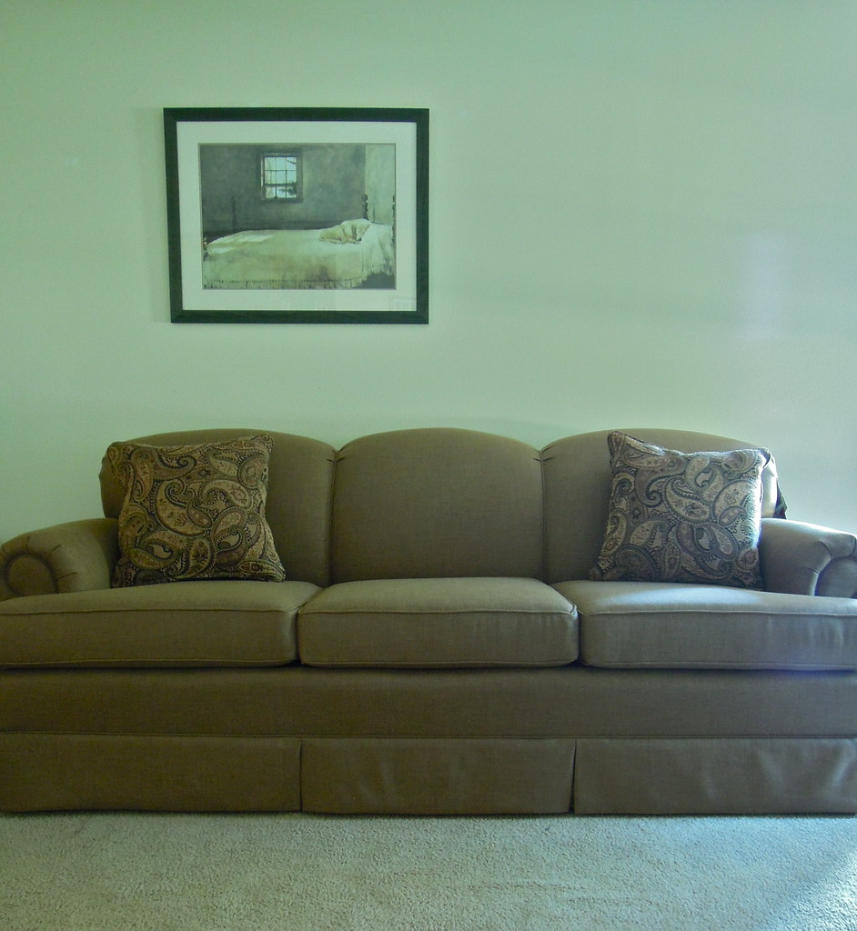 Smith brothers sofa tight back skirted extra firm