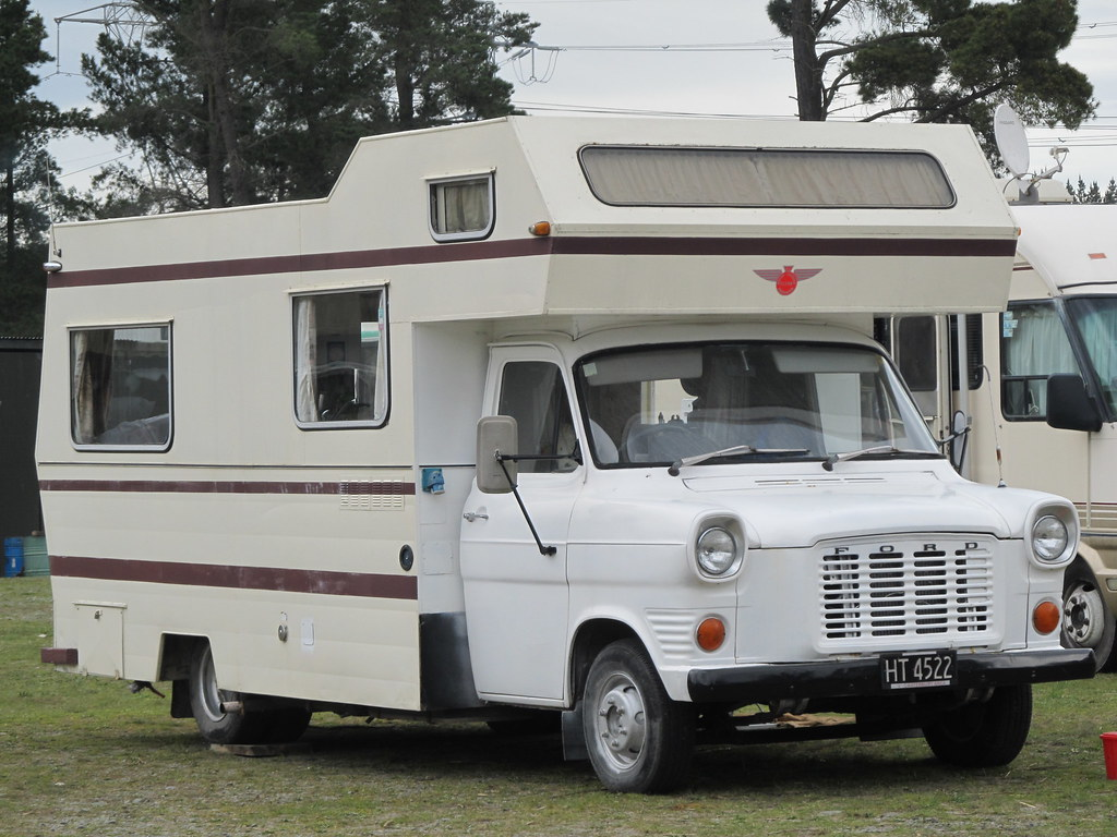 1975 ford transit 100 campervan ht4522 mk1 and 2 transit. Black Bedroom Furniture Sets. Home Design Ideas
