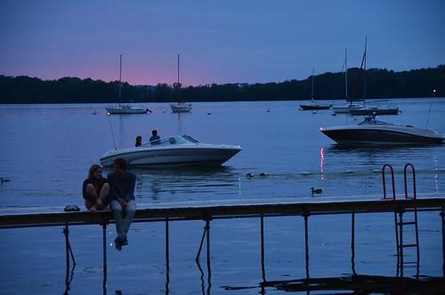 Mendota dusk 6 dusk over lake mendota from the terrace for Mendota terrace