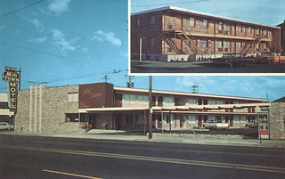Midtown Motel - Portland, Oregon | by The Cardboard America Archives
