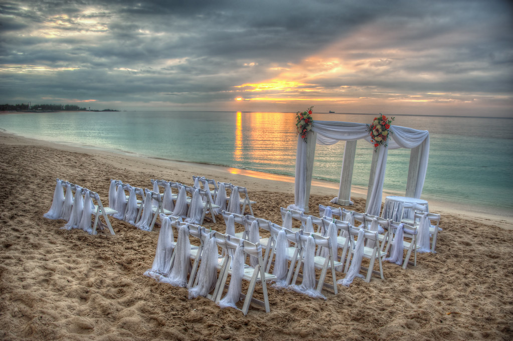 wedding on the beach on the last afternoon during my trip flickr