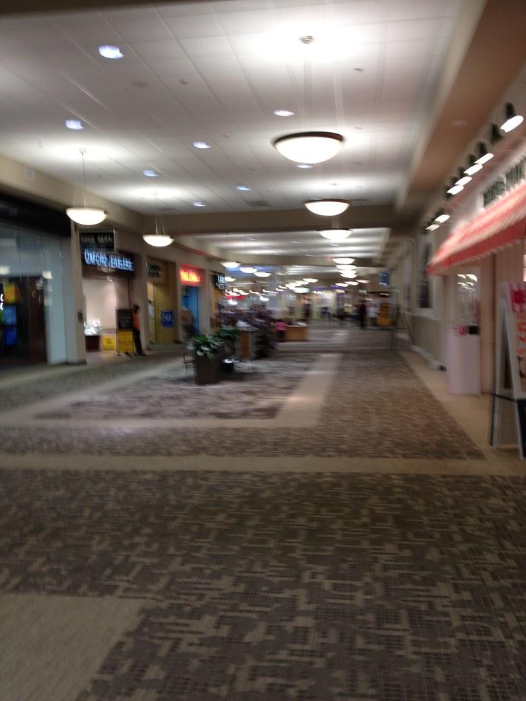 New Bern Mall Mike Kalasnik Flickr