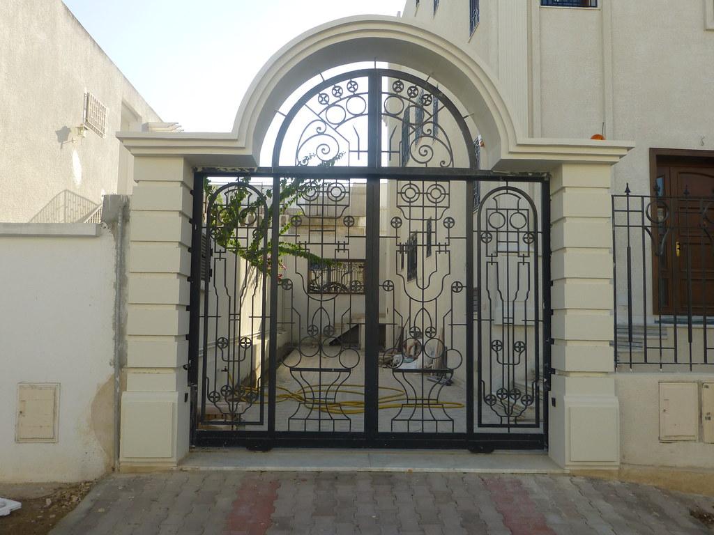 Porte en fer forge exterieur fashion designs for Portail fer forge tunisie