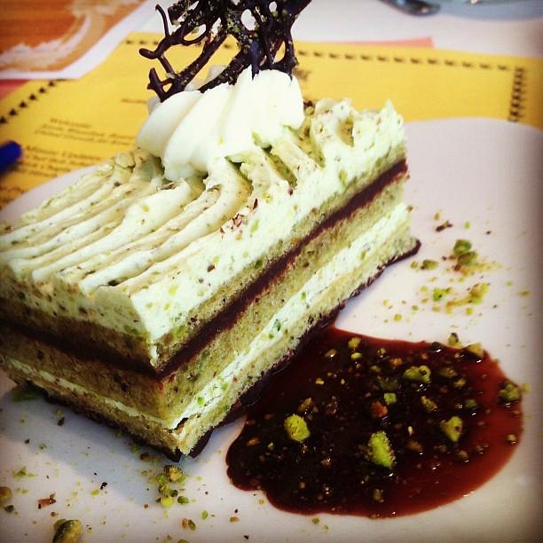 Pistachio Cake With Lemon Icing Recipe
