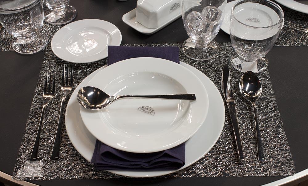 Pillivuyt Dinnerware   by Didriks Pillivuyt Dinnerware   by Didriks & Pillivuyt Dinnerware   Chilewich Metallic Lace Rectangular Pu2026   Flickr