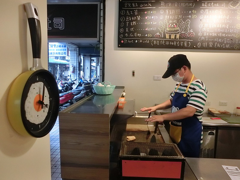 台北美食-三重餓店烤吐司-17度C隨拍 (9)