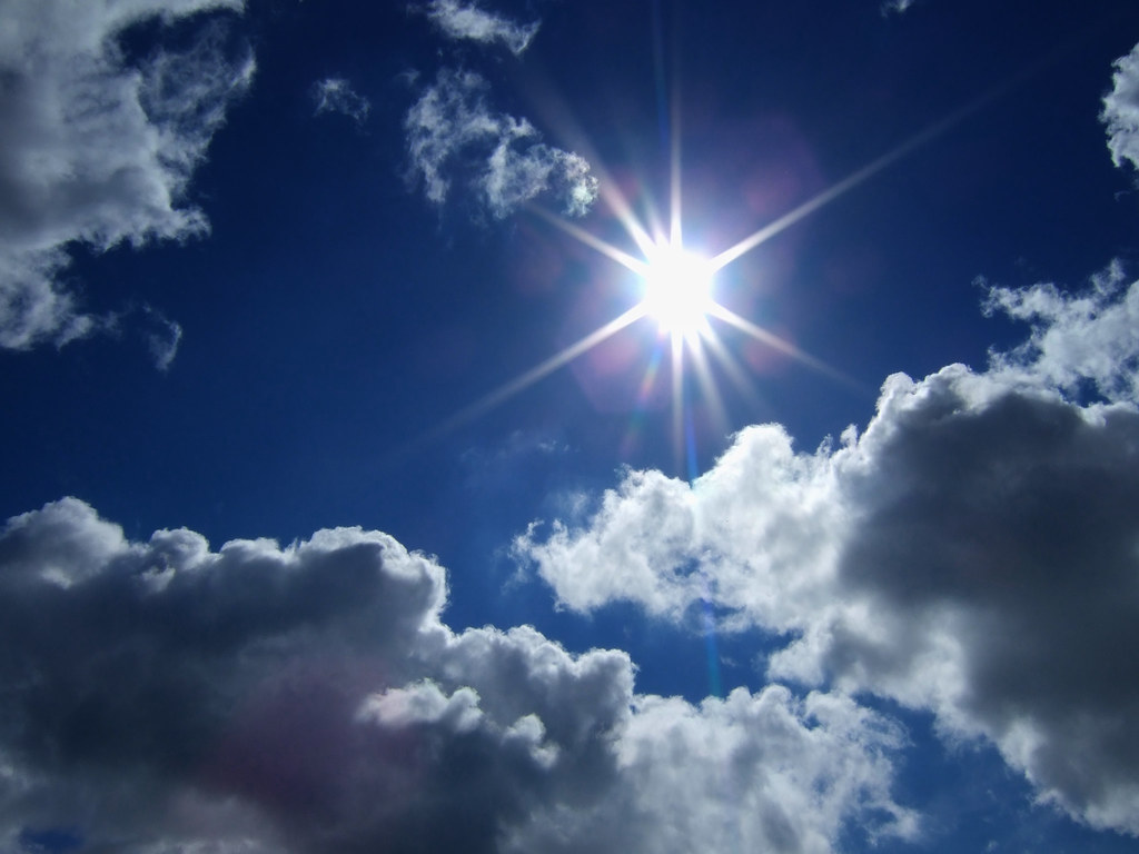Sunny Sky Deep Blue Sky With Clouds And Sun Agnes Scholiers Flickr