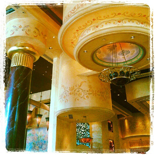 Cheesecake Factory Decor | by PhotosByDavid