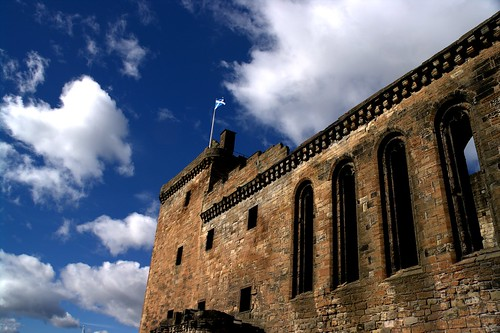 Linlithgow Palace Saltire | by ian.robertson.63