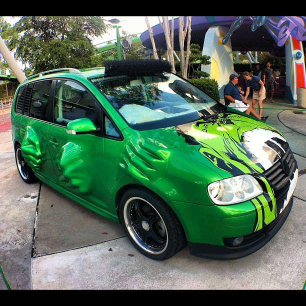 Hulk Green Car Paint