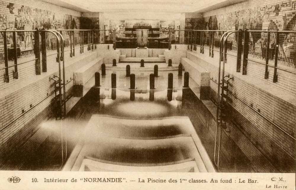Ss normandie swimming pool bar french lines for Piscine in french
