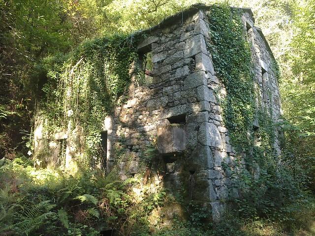 Antiguo Balneario de O Bocelo en la Ruta do Bocelo