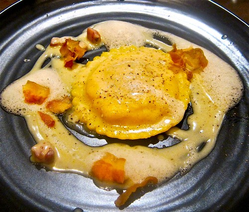 "Uova da Raviolo ""Carbonara"" smoked bacon 