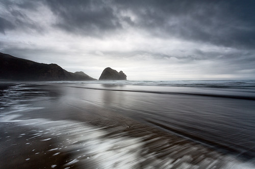 Piha wash | by Luke Tscharke