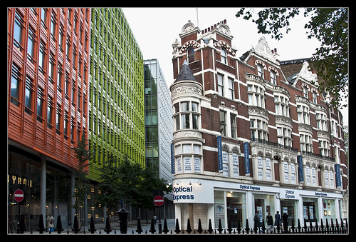 0053-CONTRASTES-OPTICAL EXPRESS- (Londres) | by --MARCO POLO--