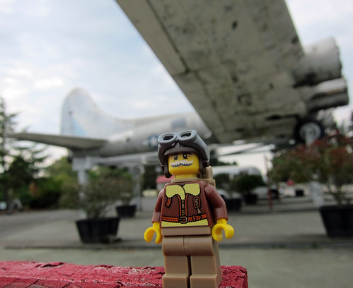 LEGO Collectible Minifigures Series 3 : Pilot | by wiredforlego